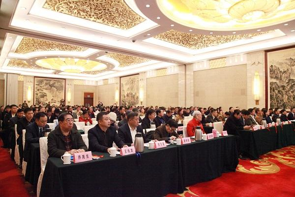 透过中国国际进口博览会 看